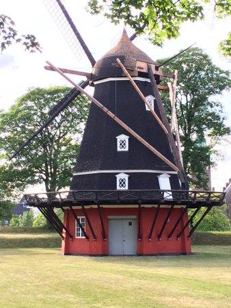 Kastellet: Windmill