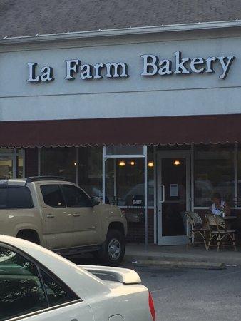 La Farm: Bakery and cafe!