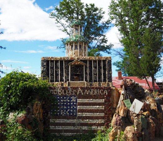 Petersen Rock Garden and Museum: photo2.jpg