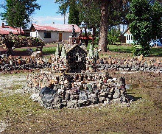 Petersen Rock Garden and Museum: photo3.jpg