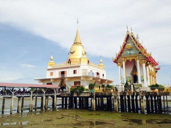 Bang Pakong, Thaiföld: วัดหงษ์ทอง