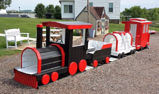 Blairsville, PA: Wooden Train