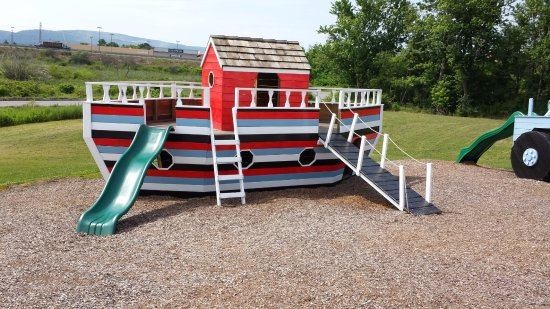 Blairsville, PA: The boat