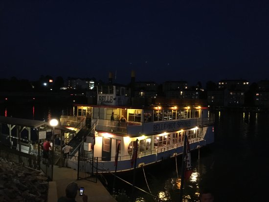 Belle of Hot Springs Riverboat : photo1.jpg