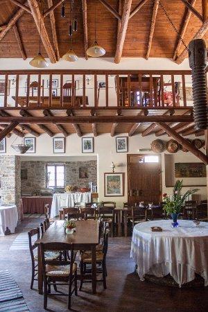 Axos, Grecia: Restaurant
