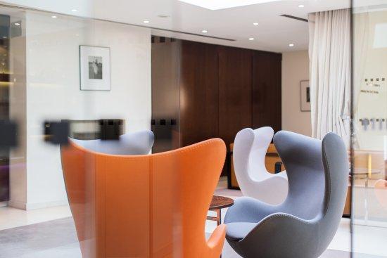 Maximilian Hotel: Drawing Room Detail
