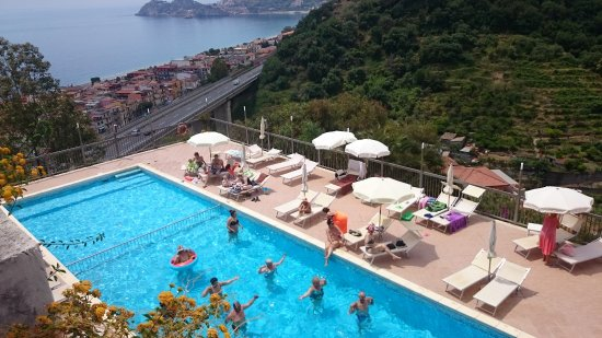 Letojanni, Italia: Bottom pool