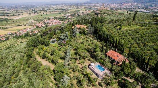 Castiglion Fiorentino (เทศบาลกาสตีกลีออน ฟีโอเรนติโน), อิตาลี: Aerial view