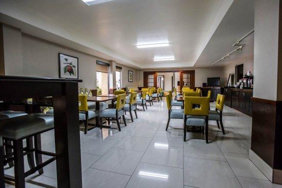 Photo of Comfort Inn O'Hare Des Plaines