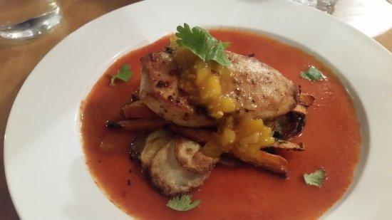 Grahamstown Bar & Diner: dry chicken