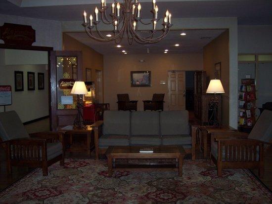 BEST WESTERN Radford Inn: Lobby