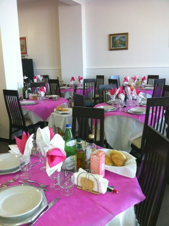 Hotel Aurora: pausa pranzo in questa sala accogliente