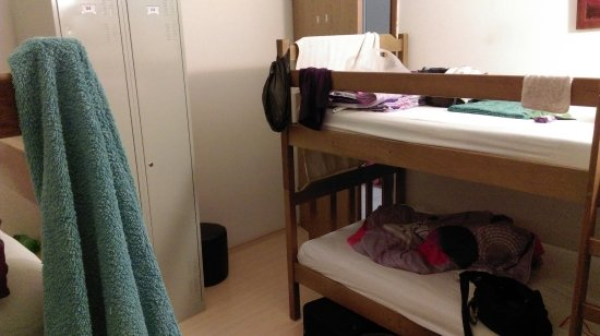 Dubrovnik Backpackers Club Hostel: 4人女子房間