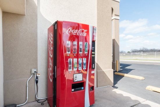 Rodeway Inn Corpus Christi: Vending