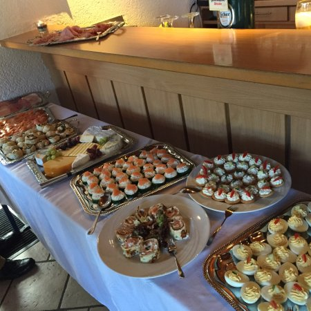 Nidda, Tyskland: Brunch Buffet