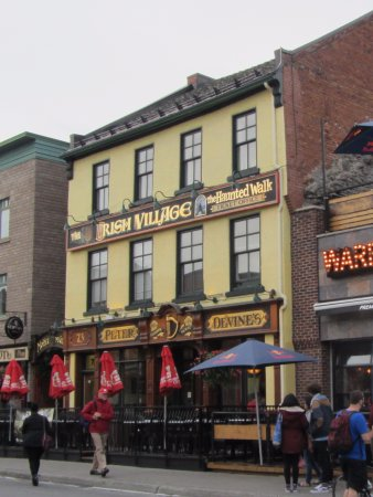 ‪Peter Devine's Irish Pub‬