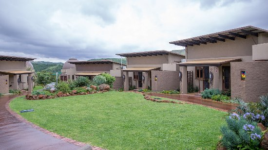 Thaba Eco Hotel: Kraal Kamers Outside view