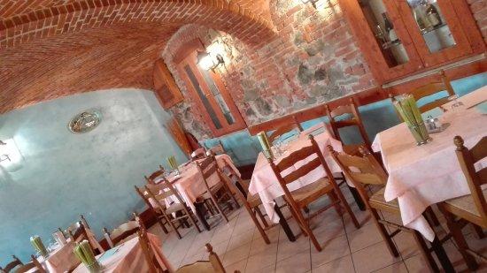 Albiano d'Ivrea, Italy: sala