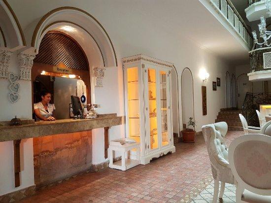 Tutav Adalya Hotel: TA_IMG_20160616_154006_large.jpg