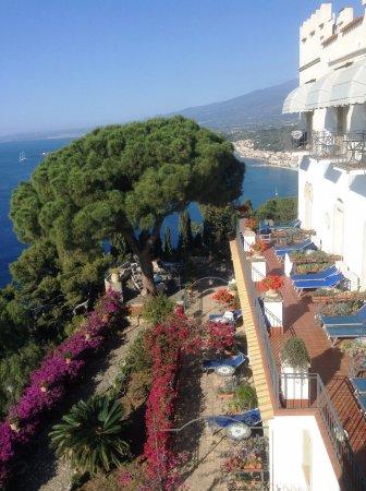 Panorama lato Giardini Naxos - Foto di Bel Soggiorno Hotel, Taormina ...