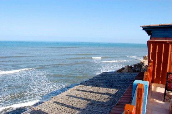 dar lawama terrasse de lawama offre une vue splendide sur le spot - Spot De Terrasse