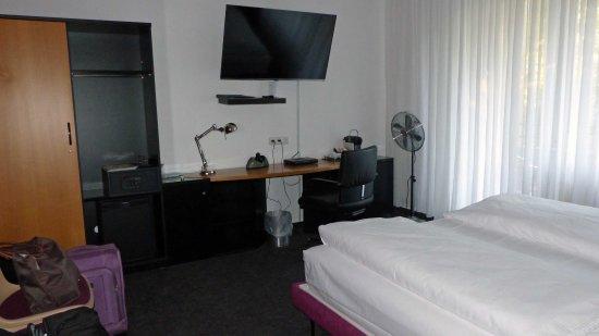 Hotel Les Nations Bild