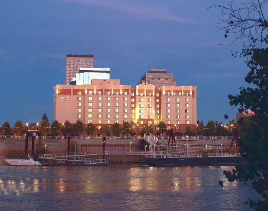 Embassy Suites by Hilton Sacramento - Riverfront Promenade: Exterior