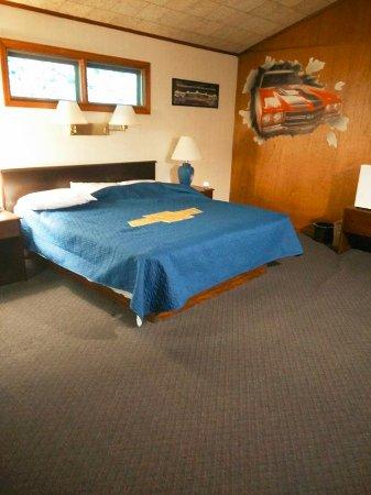 Gear Head Inn: The Chevelle SS Suite.