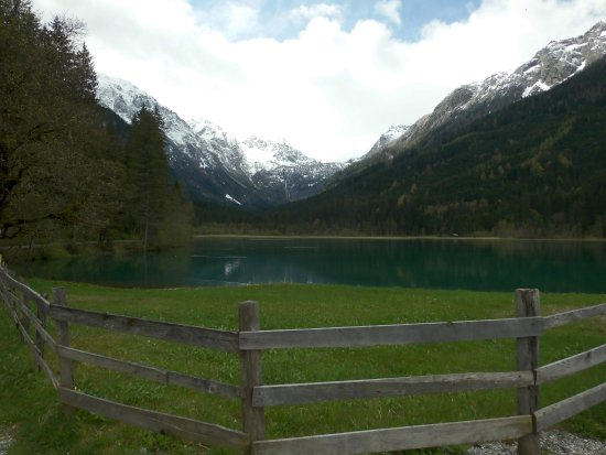 Kleinarl, Avusturya: De Jägersee waaraan het Gasthuis ligt