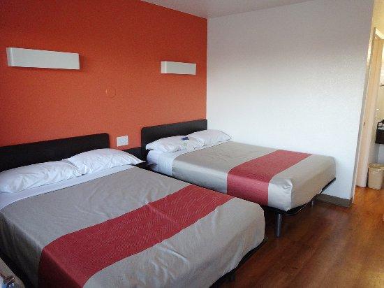 Motel 6 Ventura Beach: Zwei-Bett-Zimmer