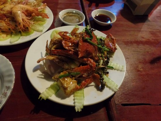 Sov Prey Restaurant : fried crabs with pepper and fried prawns