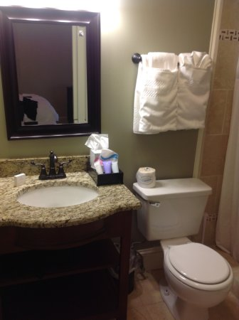 The Smith House : Bathroom