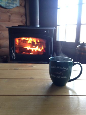 Loon Lake Lodge: Relaxing in the Lodge