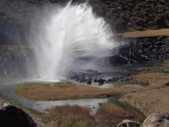 Province of Tucuman, Argentine : Espectacular fuerza del agua