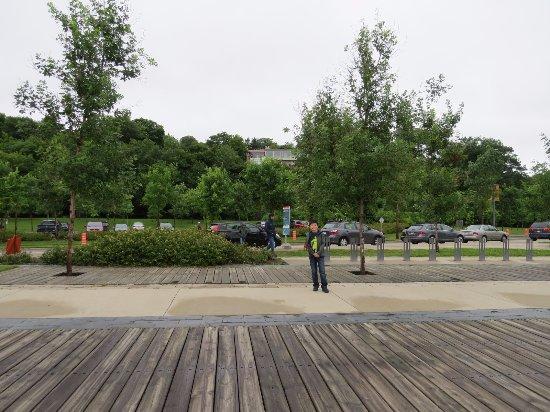 La Promenade Samuel-De Champlain: Limpo e bem cuidado