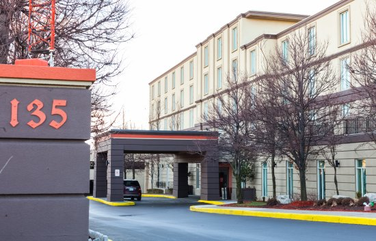 Photo of BEST WESTERN PREMIER Toronto Airport Carlingview Hotel
