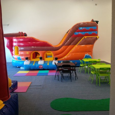 Kitty Hawk, NC: Come bounce with us!