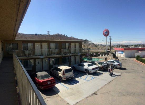Foto de Hilltop Inn & Suites