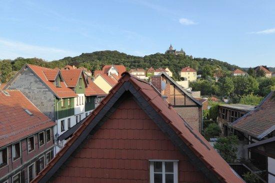 Hotel Am Anger : La vista dalla nostra camera, sullo sfondo il castello.