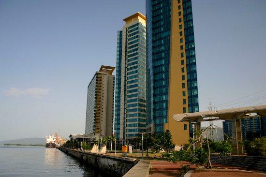 Trinidad and Tobago: Waterfront