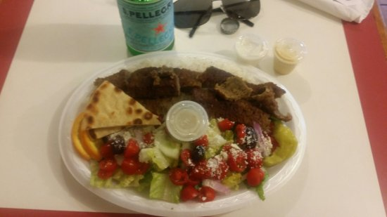 Harvest, Алабама: the gyro platter is amazing