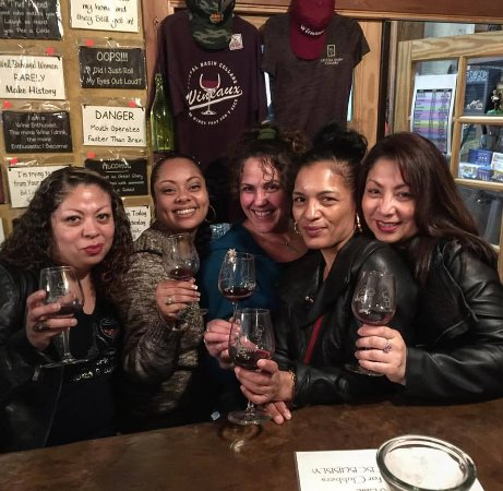 Camino, CA: Girls Wine Tasting Trip