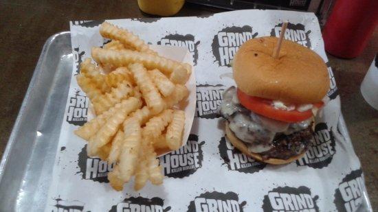 Grindhouse Killer Burgers: Euro burger