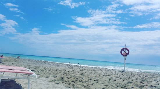 Borghetto Santo Spirito, Italy: Spiaggia