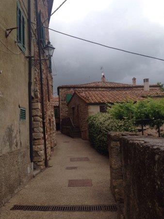 Montecastelli Pisano, Italy: L'orto Del Prete