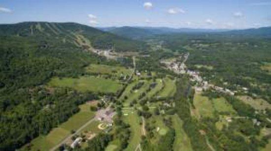 Winwood Inn & Condos: Golf Course