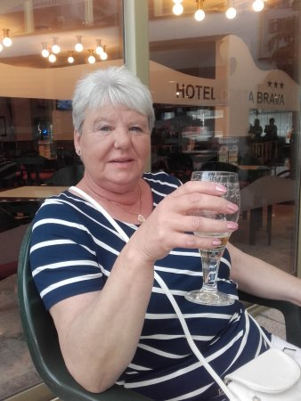 Hotel GHT Costa Brava: Sat on the terrace with a pre meal drink