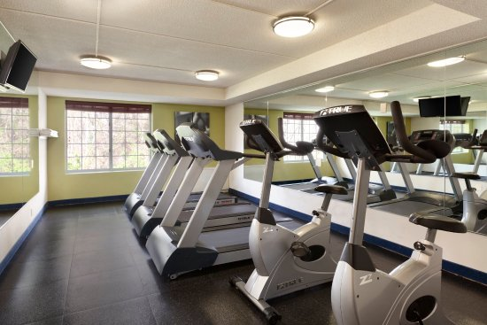 Country Inn & Suites By Carlson, Fredericksburg South (I-95): FSVAFitness Center
