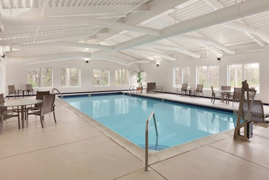 Country Inn & Suites By Carlson, Fredericksburg South (I-95): FSVAPool