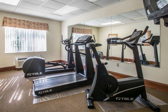 Econo Lodge Inn & Suites - Marianna: Fitness Center